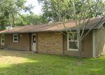 Foreclosed Home en FAWN DR, Hempstead, TX - 77445