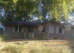 Foreclosed Home en BURNS DR, Trenton, TN - 38382