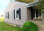 Foreclosed Home en 67TH ST, Niagara Falls, NY - 14304