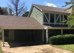 Foreclosed Home in LAKE SHORE DR W, Southaven, MS - 38671