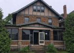 Foreclosed Home en 1ST AVE S, Escanaba, MI - 49829