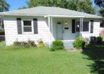 Foreclosed Home en PEGGY AVE, Louisville, KY - 40214