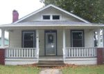 Foreclosed Home en E 13TH AVE, Hutchinson, KS - 67501