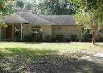Foreclosed Home en NW CROWN JEWEL GLN, Lake City, FL - 32055