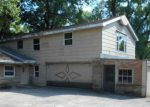 Foreclosed Home en LEE RD, West Chicago, IL - 60185