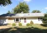 Foreclosed Home en TRENTON RD, Fairless Hills, PA - 19030