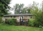Foreclosed Home en MIDDLE LN, Camp Hill, PA - 17011