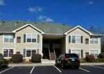 Foreclosed Home en ROLLING HILL RD, Clinton, NJ - 08809
