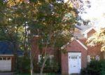 Foreclosed Home en MORSE ST, Hamden, CT - 06517