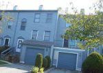 Foreclosed Home en WILLOW GLEN CIR, Warwick, RI - 02889