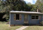 Foreclosed Home en RIDDLES BRIDGE RD, Goochland, VA - 23063