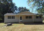 Foreclosed Home en SAINT LUKE RD, Woodstock, VA - 22664