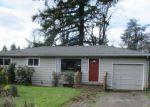 Foreclosed Home en NE 167TH PL, Portland, OR - 97230