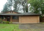 Foreclosed Home en S 10TH ST, Saint Helens, OR - 97051