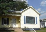 Foreclosed Home en PLEASANT ST, Circleville, OH - 43113