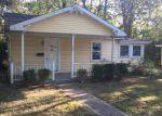 Foreclosed Home en W GLEN AVE, Batavia, OH - 45103