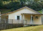 Foreclosed Home en HOUSTON HARMON RD, Sugar Grove, NC - 28679