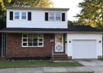 Foreclosed Home en W OREGON AVE, Absecon, NJ - 08201