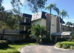 Foreclosed Home en COVE CIR, Saint Petersburg, FL - 33708