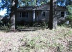 Foreclosed Home en E 17TH AVE, Sheffield, AL - 35660