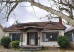 Foreclosed Home en S WARNER ST, Tacoma, WA - 98409