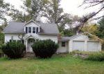 Foreclosed Home en FILMORE AVE, Danbury, CT - 06811