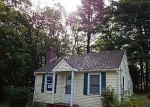 Foreclosed Home en JACKMAN RD, Amston, CT - 06231