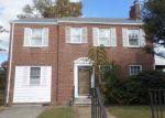 Foreclosed Home en ELM ST, Wilmington, DE - 19805