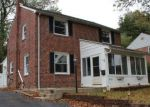 Foreclosed Home en CLARENDON RD, Drexel Hill, PA - 19026