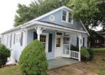 Foreclosed Home en W CHESTNUT ST, Washington, PA - 15301