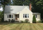 Foreclosed Home en ARROWHEAD RD, Trumbull, CT - 06611