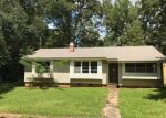 Foreclosed Home en GULF CAMP RD, Lumberton, MS - 39455