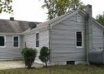 Foreclosed Home en W WALNUT RD, Vineland, NJ - 08360