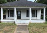 Foreclosed Home en SAINT MICHAEL ST, Gonzales, TX - 78629