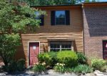 Foreclosed Home en CREST BROOK DR, Knoxville, TN - 37923