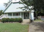 Foreclosed Home en E MCLEOD AVE, Sapulpa, OK - 74066