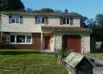 Foreclosed Home en COUNTRY CLUB BLVD, Tuckerton, NJ - 08087