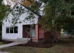 Foreclosed Home en W PETOSKEY ST, Gaylord, MI - 49735