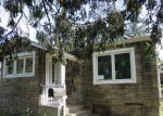 Foreclosed Home en FOXHURST RD, Baldwin, NY - 11510