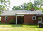 Foreclosed Home en E MAIN ST, Candor, NC - 27229