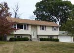 Foreclosed Home en LOCH LOMOND LN, Middletown, NY - 10941