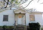 Foreclosed Home en WOODLAWN AVE, Hot Springs National Park, AR - 71913