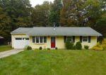 Foreclosed Home en MARY ANN RD, Oak Ridge, NJ - 07438