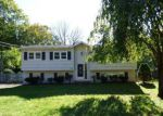 Foreclosed Home en HAMILTON DR, Hackettstown, NJ - 07840
