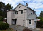 Foreclosed Home en CUSHMAN ST, Waterbury, CT - 06704