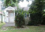 Foreclosed Home en CHERRY ST, Eatontown, NJ - 07724