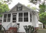 Foreclosed Home en DONORA ST, Lansing, MI - 48910