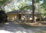 Foreclosed Home en STARK AVE, Kansas City, MO - 64134