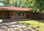 Foreclosed Home en S 29TH ST, Ozark, AR - 72949