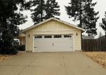 Foreclosed Home en BURGUNDY LN, Cave Junction, OR - 97523